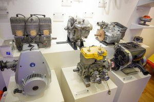 Utstillingen har mange eldre motorer, blant annet wankelmotor, utstilt.