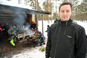 Kristian Hanssen, leder i snøscooterklubben i Engerdal, er svært glad for at kommunen har vedtatt ny løype til Elgå.